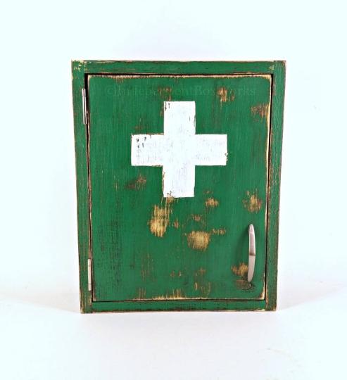 Made to Order: Green Medicine Cabinet - Independent Boxworks